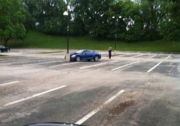 بالصور المكان الخطأ لركن السيارة